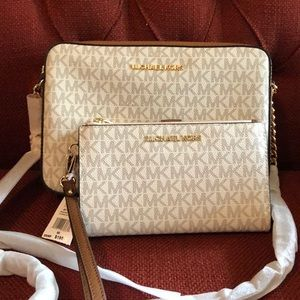 Michael Kors Large EW Crossbody & matching Wallet